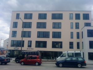 Sonnenschutz für alle Bewohner Mehrzweckgebäude, Regensburg / Deutschland